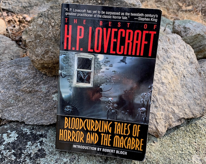 The Best Of HP Lovecraft Paperback Book Horror Edgar Allan Poe Stephen King Horror Dagon Ghosts Monsters The Call of Cthulhu Macabre Morbid
