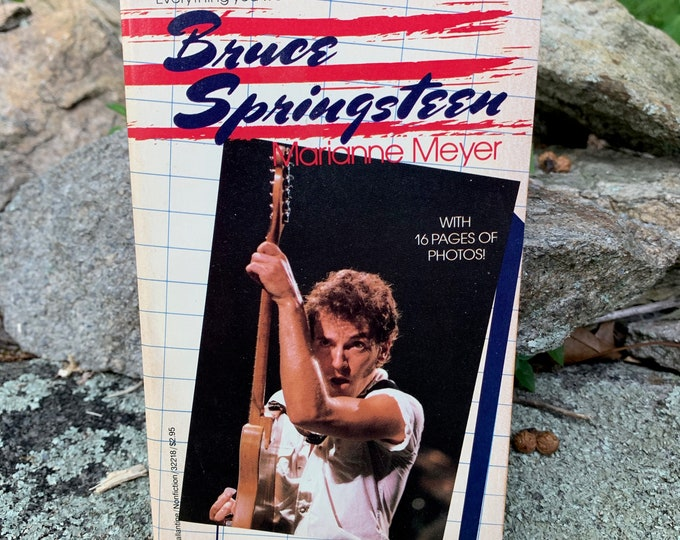 Bruce Springsteen Softcover Book New Jersey E Street Band Steven Van Zandt Steve Forbert Southside Johnny and The Asbury Jukes Asbury Park
