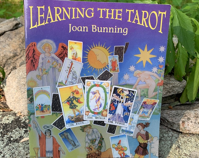 Vintage 1992 The Tarot Softcover Book Witch Horror Occult Palm Reading Psychic Gypsy Crystals Tarot Cards Tarot Reading Witchcraft Astrology