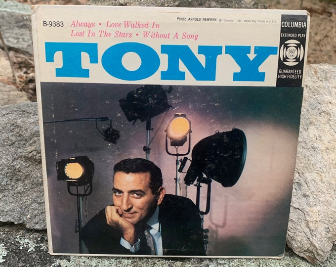 "Tony Bennett EP 45 RPM 7"" Vinyl Single Cardboard Picture Sleeve Columbia Records Lady Gaga Amy Winehouse Frank Sinatra Perry Como Mel Torme"