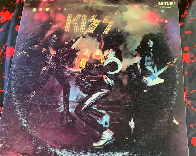 Vintage 1975 KISS Alive Album 33 rpm VINYL Gene Simmons Ace Frehley Paul Stanley Peter Criss Casablanca Records Heavy Metal 2 Record Set
