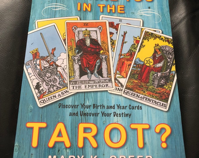Who Are You in Tarot 2011 Softcover Book  Witch Horror Occult Palm Reading Psychic Gypsy Crystals Tarot Cards Tarot Reading Witchcraft Coven