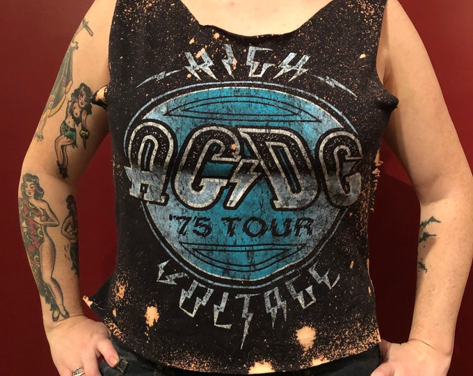 Distressed ACDC Back in Black Angus Young Rock Tee Band shirt (S) Bon Scott Brian Johnson Powerage TNT Malcolm Young BandTee GnR Axl Rose