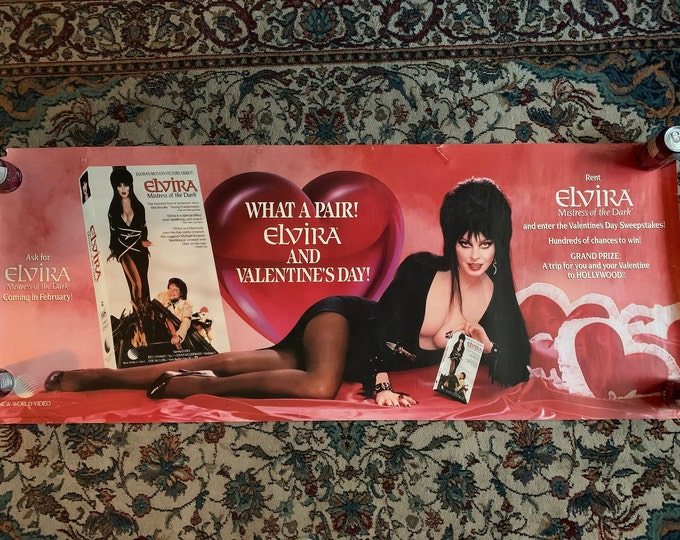 Huge Sexy Vintage 80s Elvira Mistress of The Dark Valentines Day Poster Pinup Gothic Cassandra Peterson Vampira Maila Nurmi Ghosts Halloween
