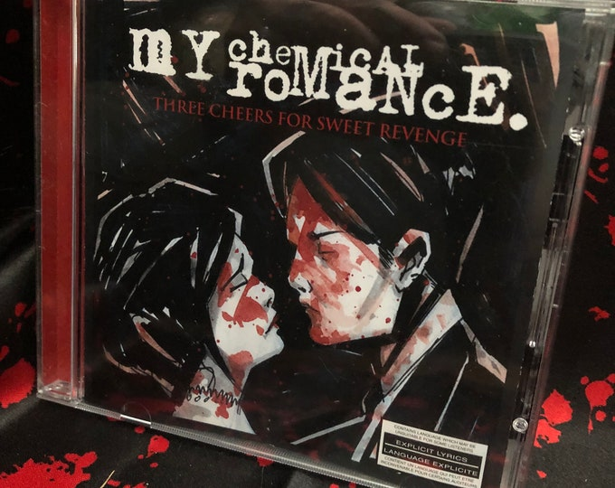 My Chemical Romance CD Three Cheers For Sweet Revenge Emo Fallout Boy Paramore Bring Me the Horizon Pierce The Veil Twenty One Pilots Used