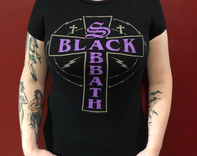Black Sabbath (Ladies S) Tour Shirt Ozzy Osbourne Paranoid Ozzy Dio Metalhead Heavy Geezer Butler Metal Ronnie James Dio Metallica Megadeth