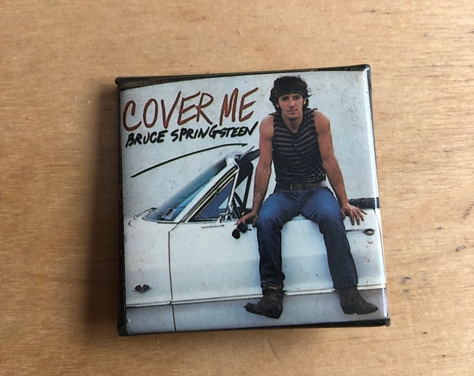 Vintage The Boss Bruce Springsteen Cover Me Pin Badge Pinback Collectibles Pins E Street Band Clarence Clemons Steven Van Zandt Bob Dylan