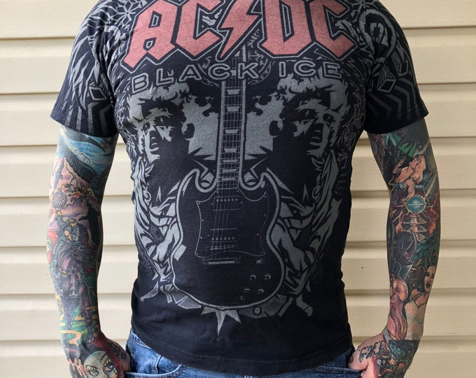ACDC Angus Young Rock Tee Band shirt Black Ice (L) Liquid Blue Bon Scott Brian Johnson Angus Young Malcolm Young Band Tee Dirty Deeds guitar