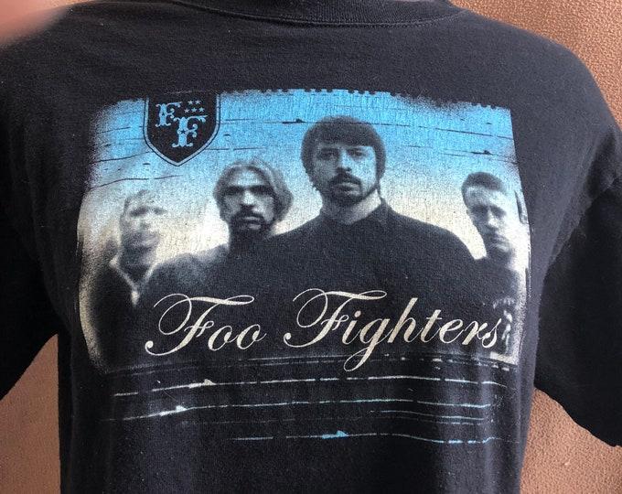 FOO FIGHTERS Tour Shirt Band shirt - (MED) Dave Grohl Nirvana Taylor Hawkins Pat Smear Everlong Band Tee Concert Tee rocknroll