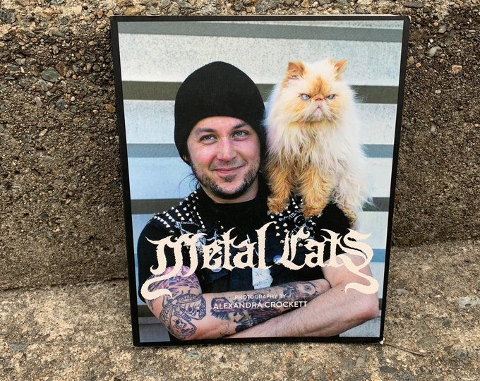 METAL CATS Headbanging Heavy Metal Softcover Book Megadeth Anthrax Metallica Ozzy Osbourne Slayer CAT Kittie Kitty Feline Persian Sphinx