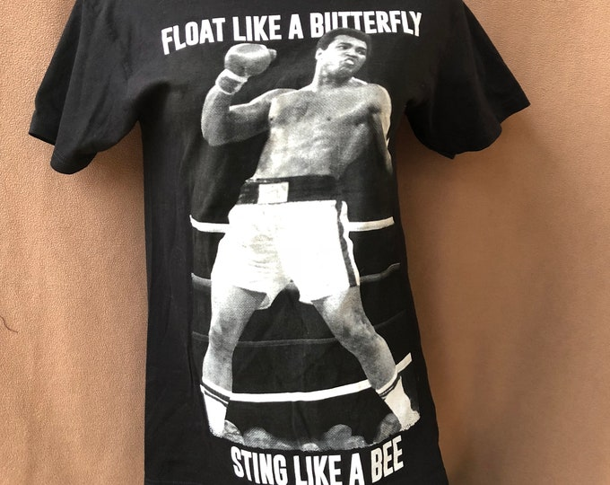 Muhammad Ali Cassius Clay TShirt Boxing Legend Fitness Champion (S) Mike Tyson Sonny Liston TKO MalcolmX Joe Frasier George Foreman Boxer