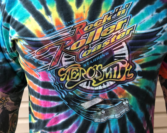 Aerosmith - Disney MGM Roller Coaster shirt - Sz (L) - Steven Tyler - Tie Dye Disney World Joe Perry Dream On Thrill Ride RocknRoll  Guitar