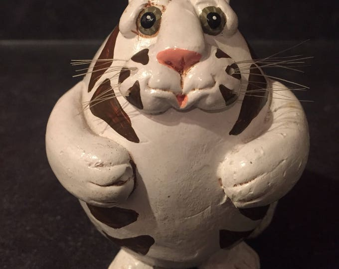 Vicki Thomas Funnybone Gourd Cat Gourd Art cats kitty crazy cat lady kitten meow purr art arts collectibles calico Maine coon pets decor