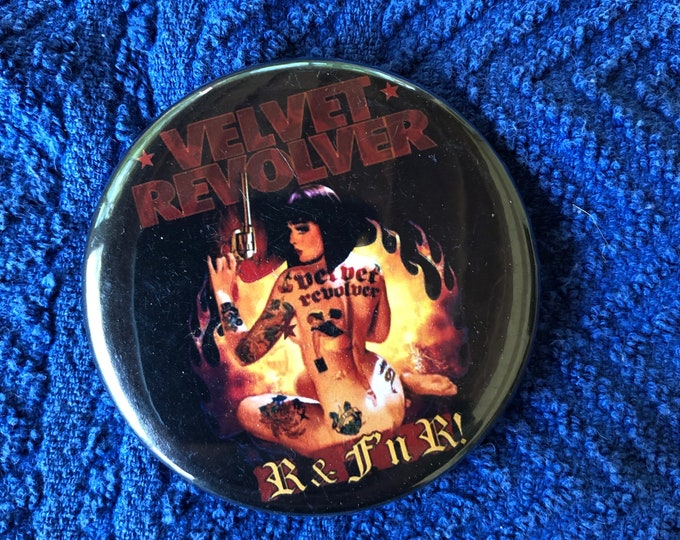 Velvet Revolver Scott Weiland Pin Pinback Pins GNR Stone Temple Pilots Axl Rose Slash Ozzy Osbourne Megadeth  Pantera Iron Maiden Van Halen