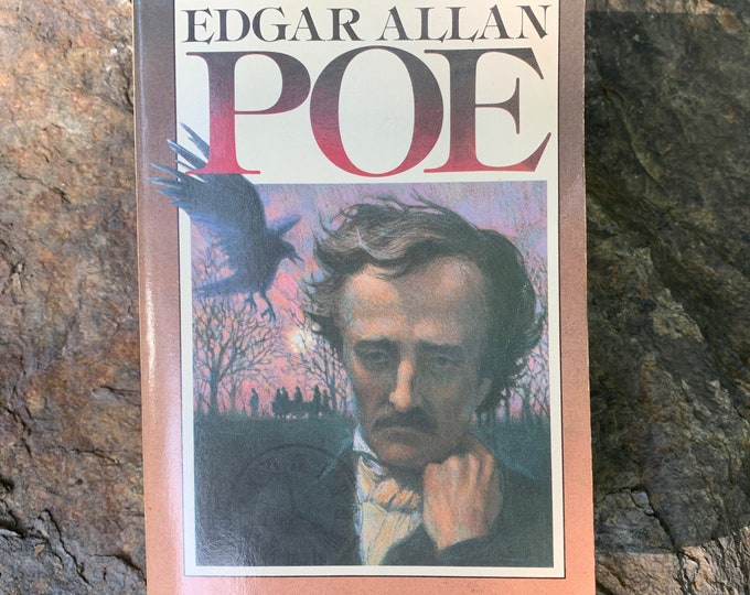 The Unabridged Edgar Allan Poe Huge Vintage Softcover Book 1983 Gothic Goth The Raven Poet Writer Novel Horror Telltale Heart  HP Lovecraft