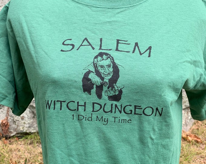 Salem Massachusetts Witch Dungeon (M) T Shirt Witch Wicca Wiccan Witchcraft Witches Witchy Occult Tarot Goth Gothic Gothgirl Halloween Pagan