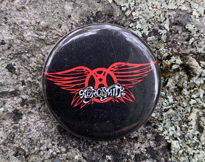 Aerosmith Pin Pinback Pins Just Push Play Joe Perry GNR Axl Rose Motley Crue Steven Tyler Ozzy Osbourne Megadeth Pantera Iron Maiden ACDC