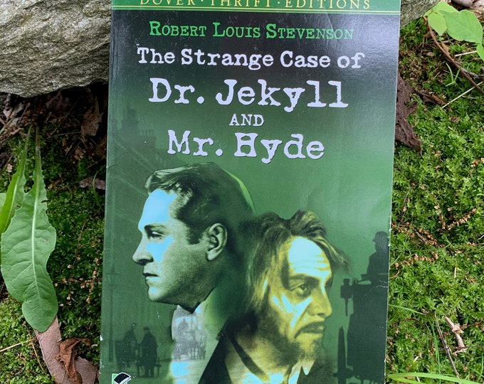 Vintage 1991 The strange Case of Dr Jekyll and Mr Hyde Robert Louis Stevenson Softcover Book Gothic Goth Writer Novel Horror Edgar Allan Poe