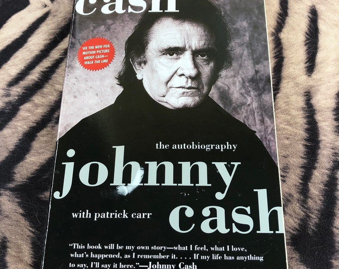 Vintage Johnny Cash softcover Book - 1997 Autobiograpy Country Music Walk the Line Man in Black Ring of Fire June Carter Cash CMT Bob Dylan