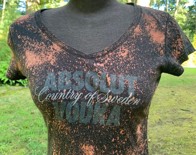 Distressed Absolut Vodka Party Top (Ladies M) Sweden Tshirt Booze Drinking Games Party PartyTime Shots Alcohol Liquor Sambuca Tequila Shots