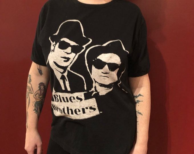 Blues Brothers House of Blues (Ladies XL) Police Car Bandshirt Harmonica John Belushi Dan Aykroyd Aretha Franklin Ray Charles  Lonnie Brooks