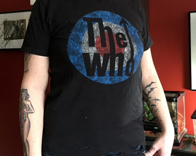 The Who Distressed Band Shirt (S) Pete Townshend Roger Daltrey Band Tee Keith Moon Tommy Quadrophenia The Kinks British Invasion Elton John