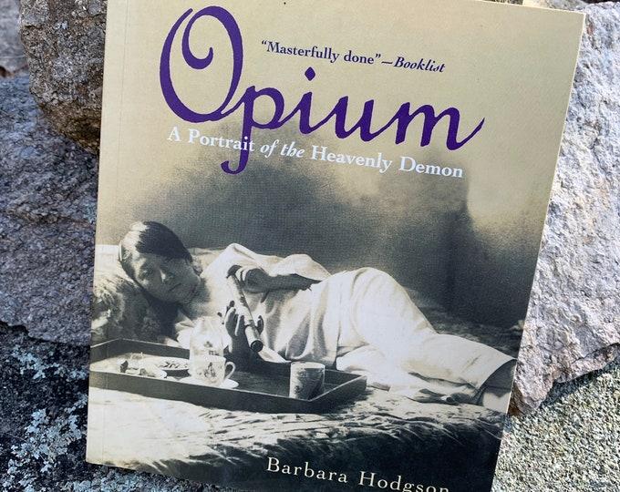 RARE VINTAGE 1999 Opiates Opium Poppy Seeds Heroin Softcover Book Sex Drugs Art Marijuana Opium 420 LSD Morphine Medical Rehab Pot Blow