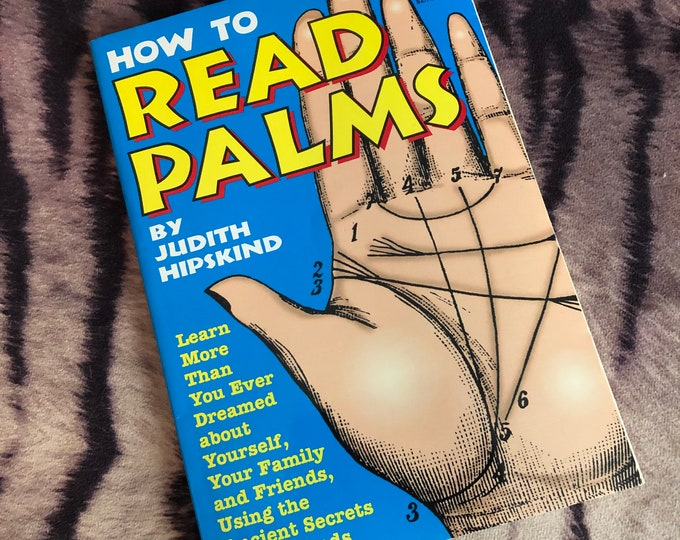 How To Read Palms 1998 - Vintage Book  Witch Horror Occult Palm Reading Psychic Fate and Fortune Palmistry Astrology Chiromancy  Astrologist