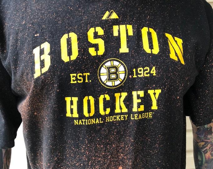 Distressed  NHL Hockey  Boston Bruins Tshirt - Brad Marchand Zdeno Chara - Sz XL