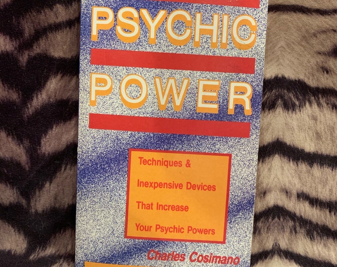 Vintage 1989 Psychic Power Softcover Book Astrology Clarvoyant Spiritual Healing Palmistry Fortune Teller Stars Witchcraft Afterlife Ghosts