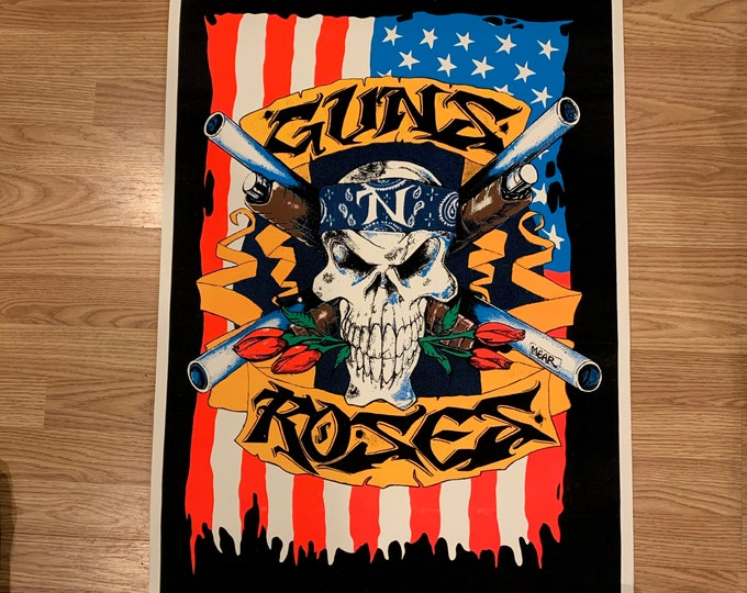 Vintage 1993 Guns N Roses Felt Fluorescent Black Light Skull Poster Dokken Motley Crue Aerosmith Judas Priest Iron Maiden Axl Rose Slash