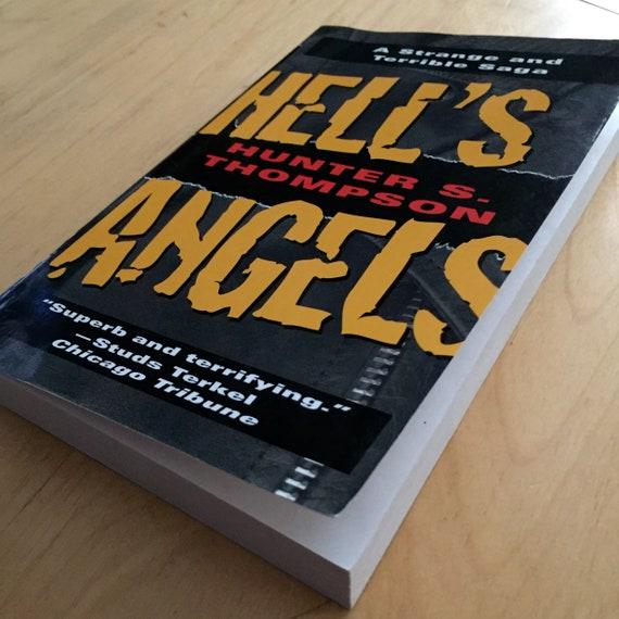 Hunter S Thompson Vintage Hells Angels paperback book Motorcycles Harley  Davidson Biker Bikers Outlaws Gang Gangs Crime True Crime Books
