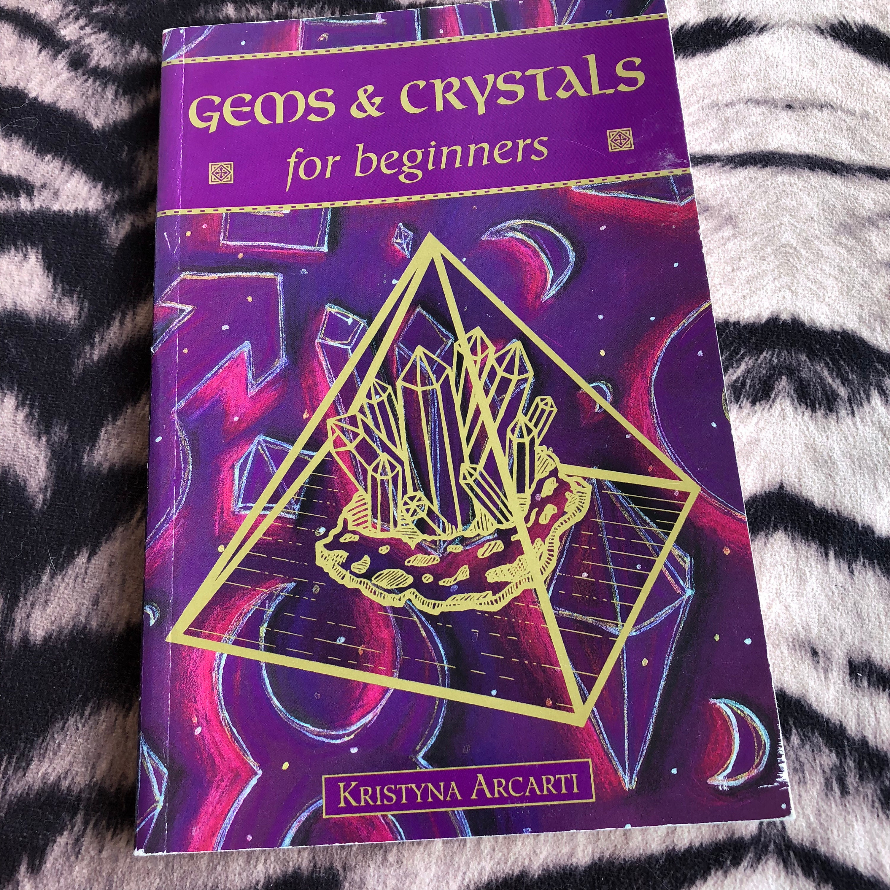 Vintage Gems and Crystals for Beginners softcover Book 1998
