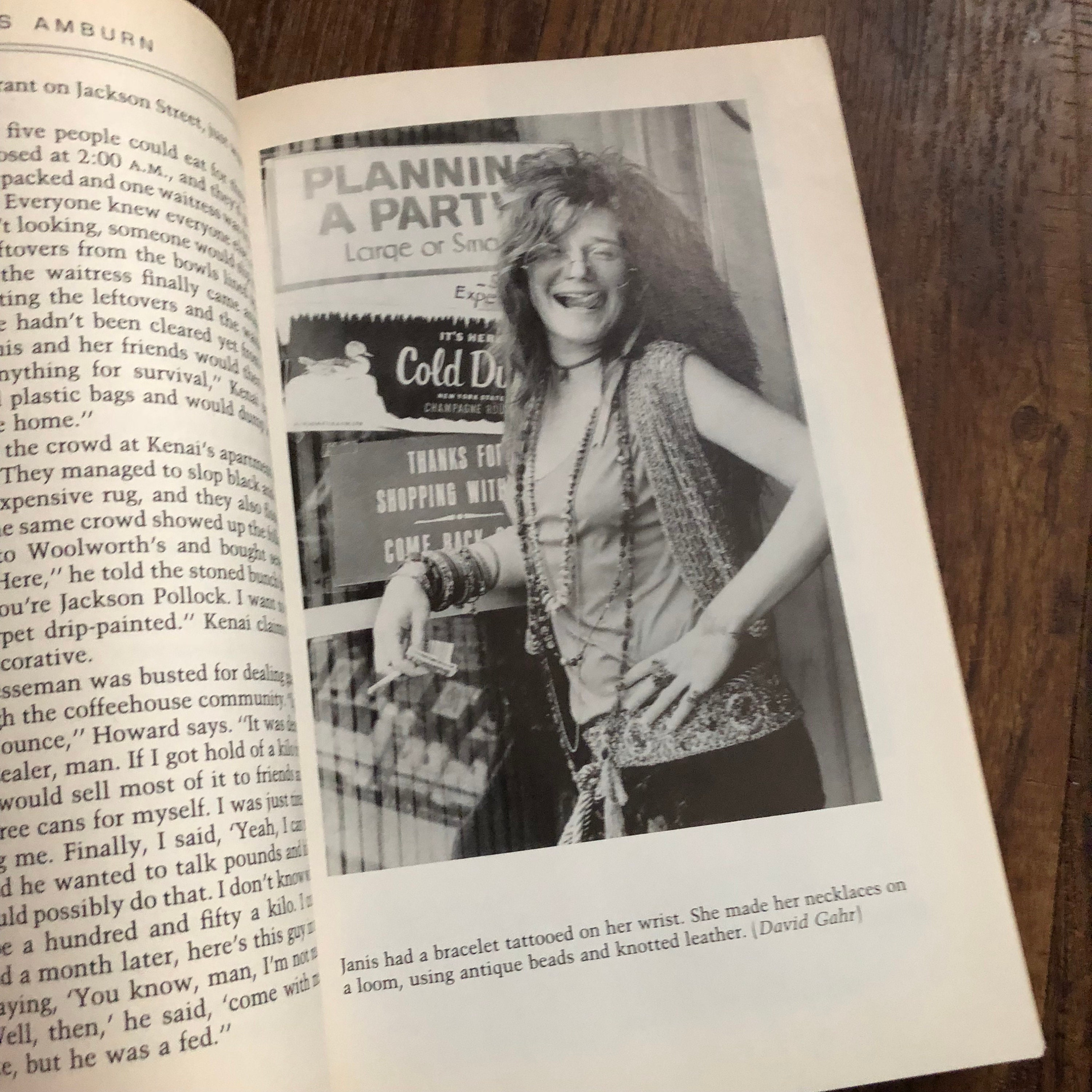 VINTAGE 1992 - Janis Joplin Pearl softcover Book - Biography