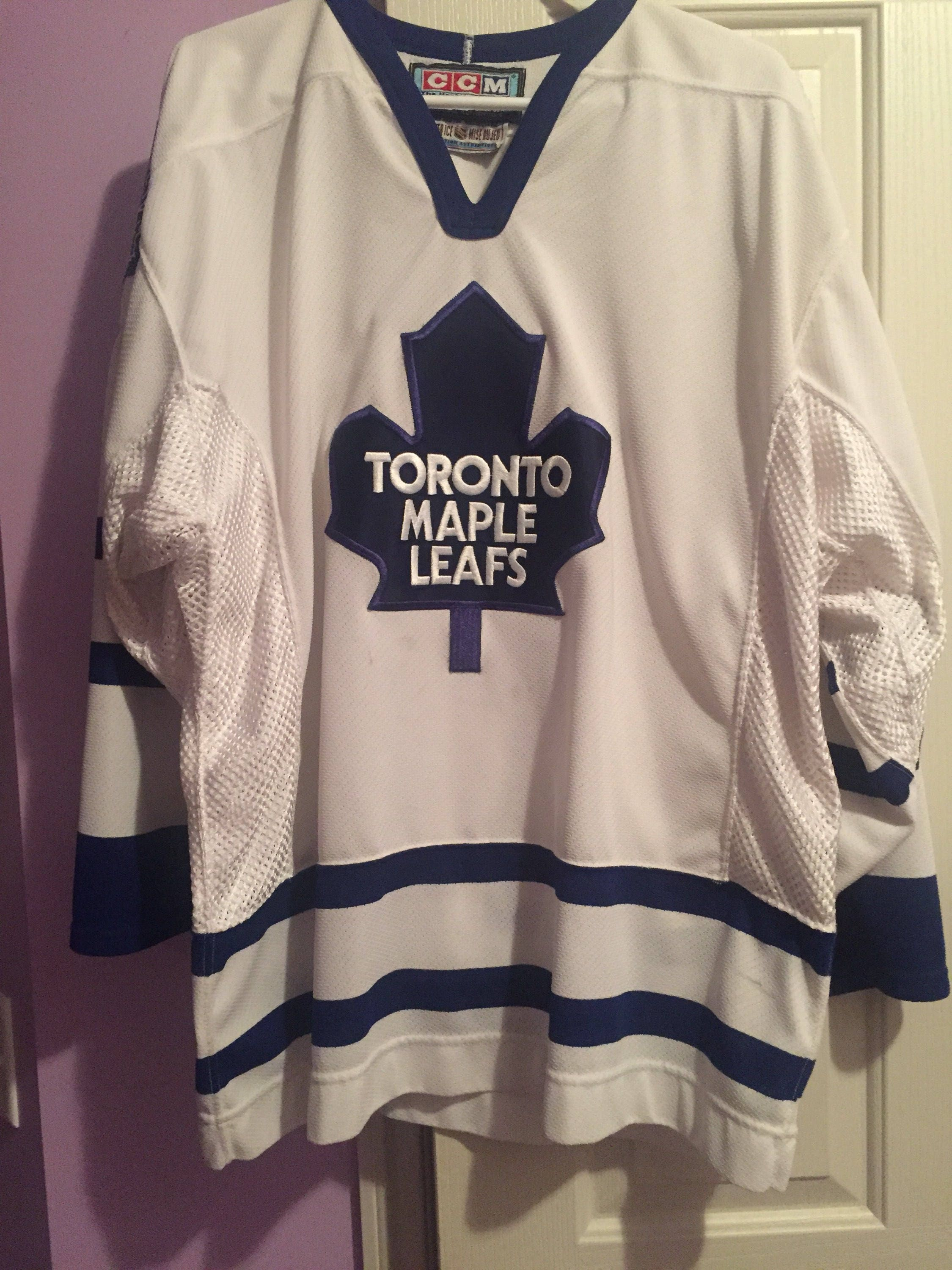 newest 7993a eb246 Vintage 90s Authentic Toronto Maple Leafs NHL Hockey Jersey ...