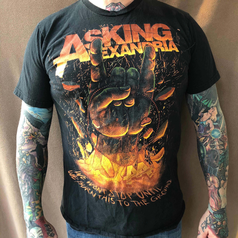 8902c97b3 Asking Alexandria Band shirt (Sz Large) Metalcore Mastodon Pierce The Veil  Parkway Drive Chelsea Grin Suicide Silence Bring Me the Horizon