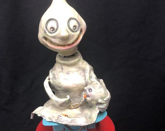 Vintage Wind Up Ghost Mom & Baby Candy Box