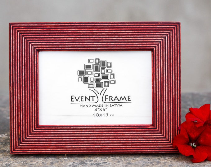 Standard Red Wooden Picture Frame