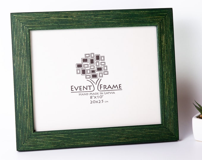 Standard Green Picture Frame