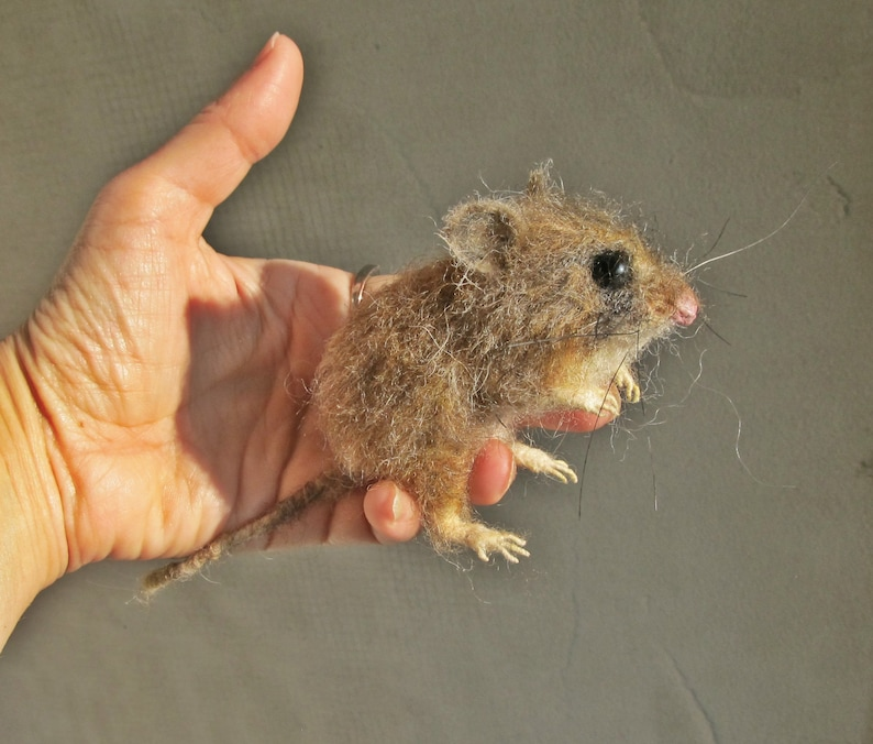 Field mouseHyper realistic felted field mouse