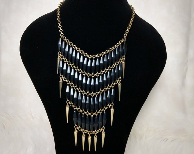 Chunky tribal necklace