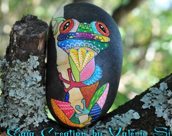 Hand - painted Pebble frog coloreee / Hand painted pebble - Colorful frog