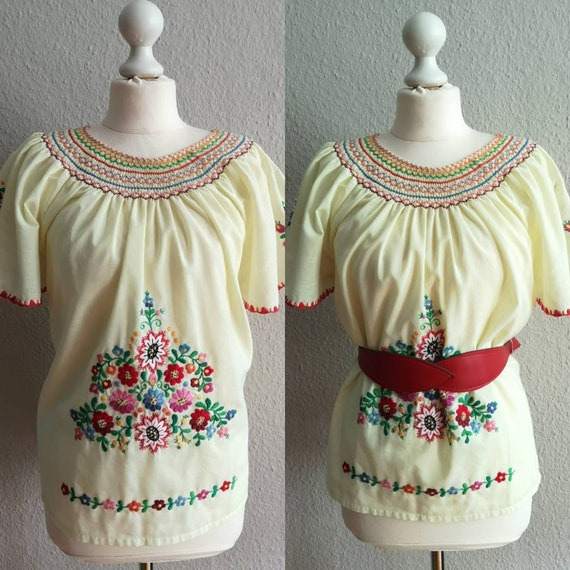 Vintage 30s style Hungarian folk embroidered peasa