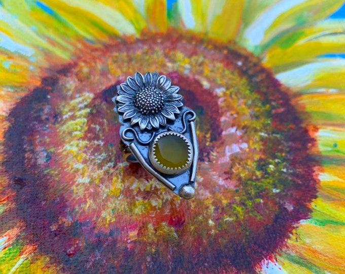 Sunflower Ring // Sunshield // Sterling silver rings // Handcrafted, Garnet, Chalcedony