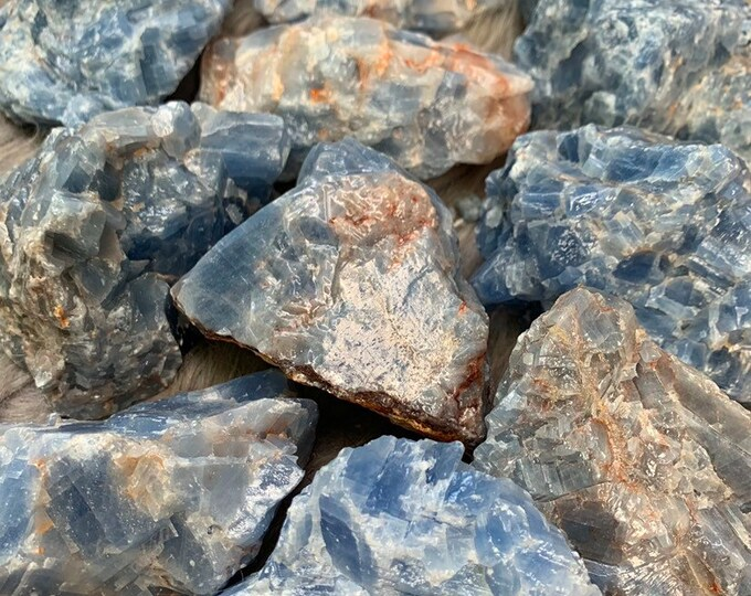 Blue Calcite // Rough Crystal // Reiki // THROAT Chakra // FREE SHIPPING