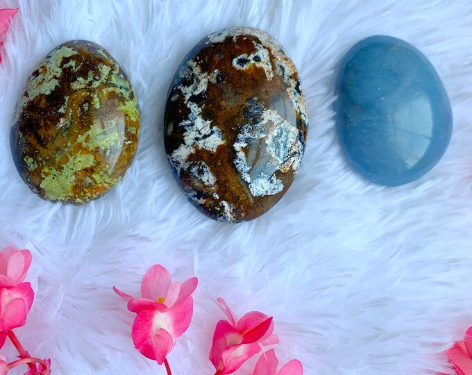 Palmstone lot // Crystal Healing // Meditation