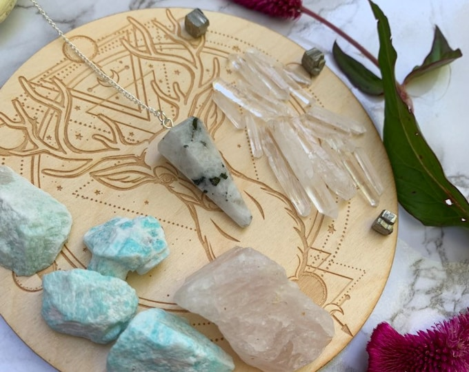 DIY CRYSTAL Grid // Heart CHAKRA Crystal Grid // Meditation // Crystal Healing