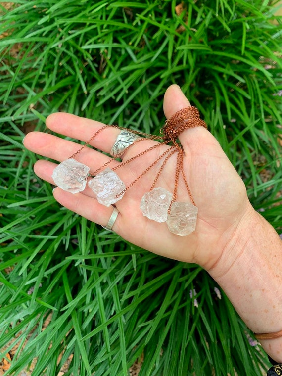 Quartz CRYSTAL Necklace // Handmade Jewelry // Crystal Healing // FREE SHIPPING