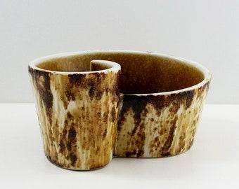 Yamasan Japan Freeform Ikebana Vase. Vintage / Japanese Pottery / Mid Century / Modern / Retro