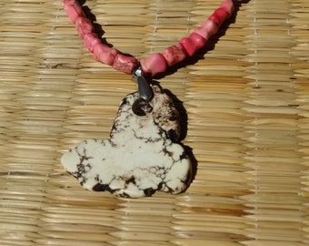 Earth Stone white necklace
